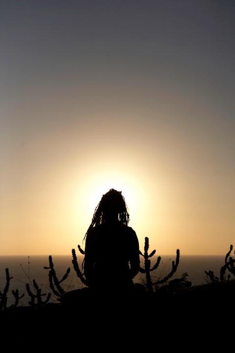 Indien, Karnataka, Gokarna, Wander Weg an der Kueste beim Shiva Tempel zwischen Kudle und Om Beach am Abend