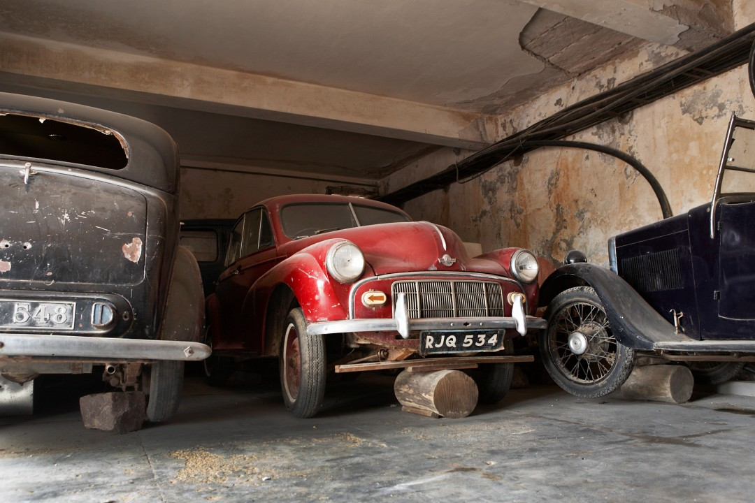 Indien, Republic of India, Rajasthan, Jodhpur, Umaid Bhawan Palace, Garage, Oldtimer, Morris, Vintage Car,