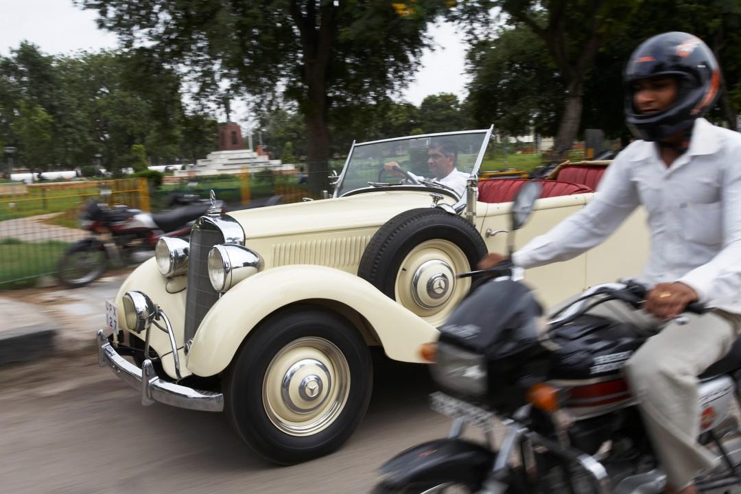 Indien, Republic of India, Rajasthan, Jaipur, Gem Palace, Sudhir Kasliwal, Mercedes Benz 230 von 1939, Juwelier, Vintage Car Sammler,