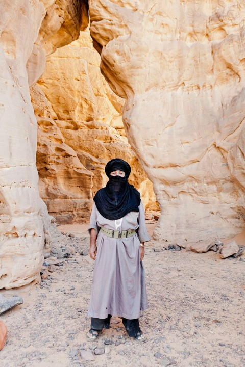 Nord Afrika, Libyen,Akakus Gebirge, National Park, Kamel Trekking Tour, Landschaften, errodierte schroffe Felsformationen, Sand Dünen, Tuarek Lager Modelreleased