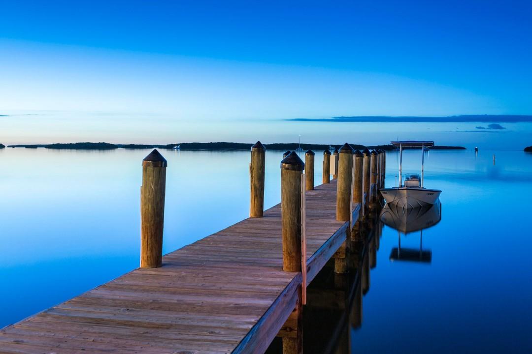 Reise Travel laif creative USA Amerika, United States of America, Florida, Florida Keys, Isla Morada, Bayside Marina, Overseas Highway, Abend Bootssteeg,