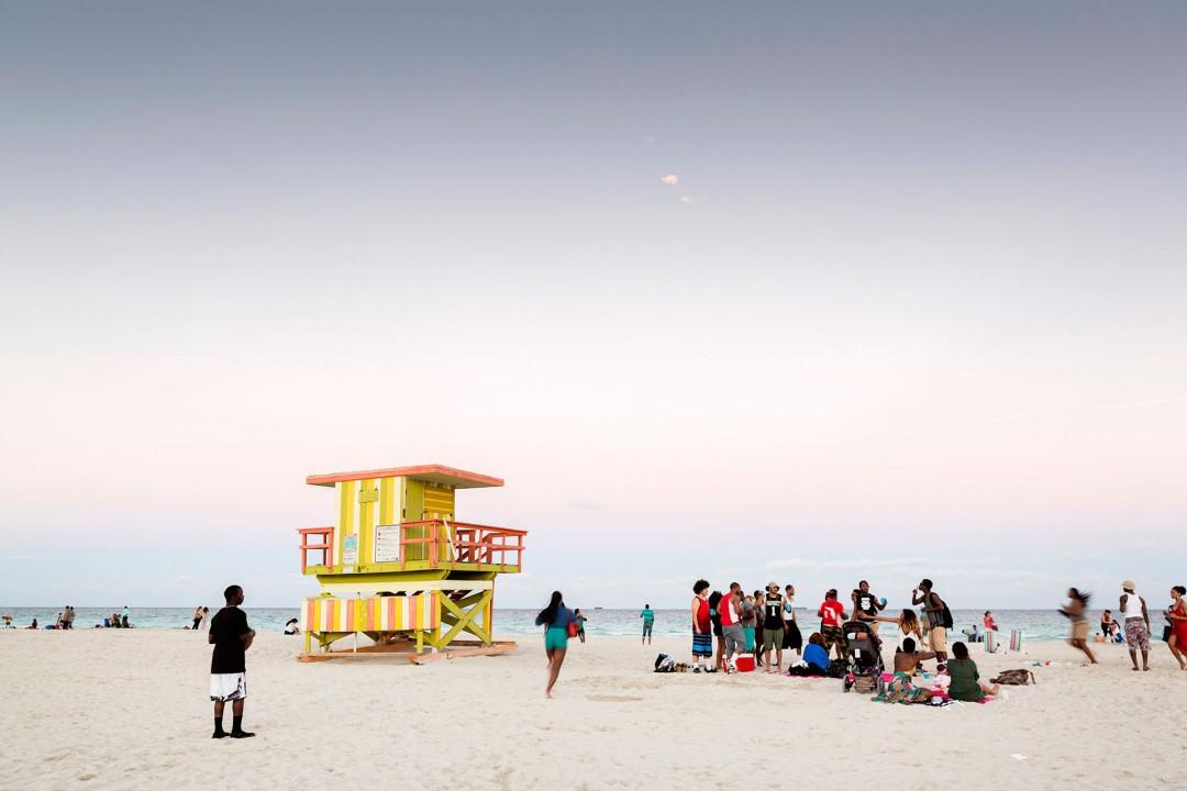 USA; Amerika; Florida; Miami; South Beach; Art Deco District; Ocean Drive; Strand; Spring Break; Studenten; feiern; junge Menschen. Party am Strand beach college students Fest; Spring Break vacation