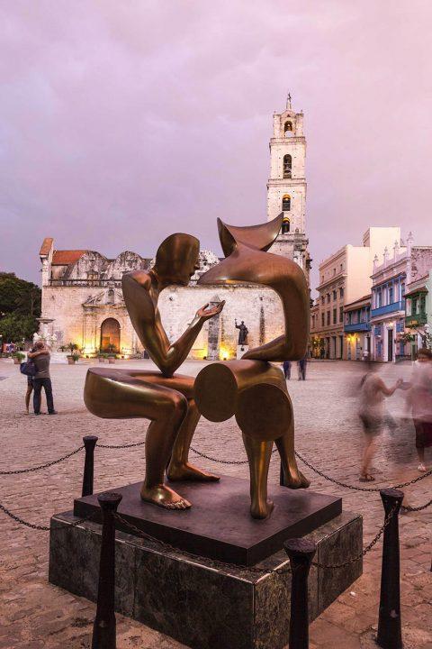 Antillen, Karibik, Cuba, Kuba, Republica de Cuba, Sozialismus, Nordwest Kuba, Havanna, La Habana Vieja, Altstadt, Basilica Menor de San Francisco de Asis, abend,