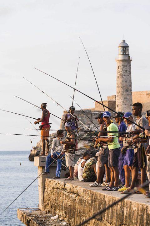 Antillen, Karibik, Cuba, Kuba, Republica de Cuba, Sozialismus, Nordwest Kuba, Havanna, Centro Habanna, Abendstimmung beim Paseo del Prado, Kubaner