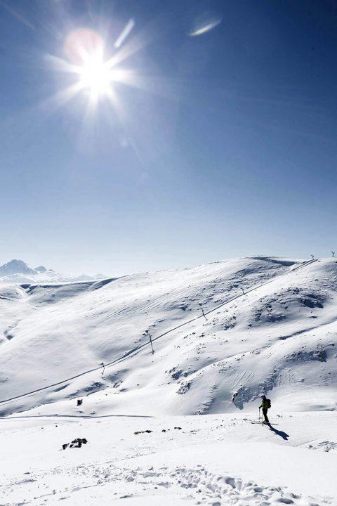 Montenegro, Balkan, Ski Centar Kolasin, Skigebiet, Jezerine, Schnee, Winter, 1450 meter, auf dem Cupovi, Berg Kljuc, 1973 meter,