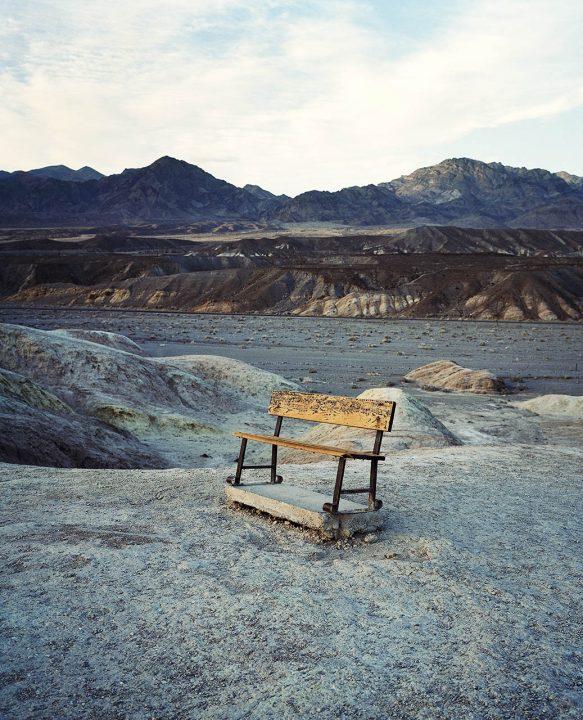 USA, Kalifornien, Death Valley National Park, Wüste, desert, lowest Point in the Usa, 282 ft below sealevel, Amargosa Range, Badlands, Wandern, morgens, Frau allein, Einsamkeit Ruhe, Stille, Zabriskie Point