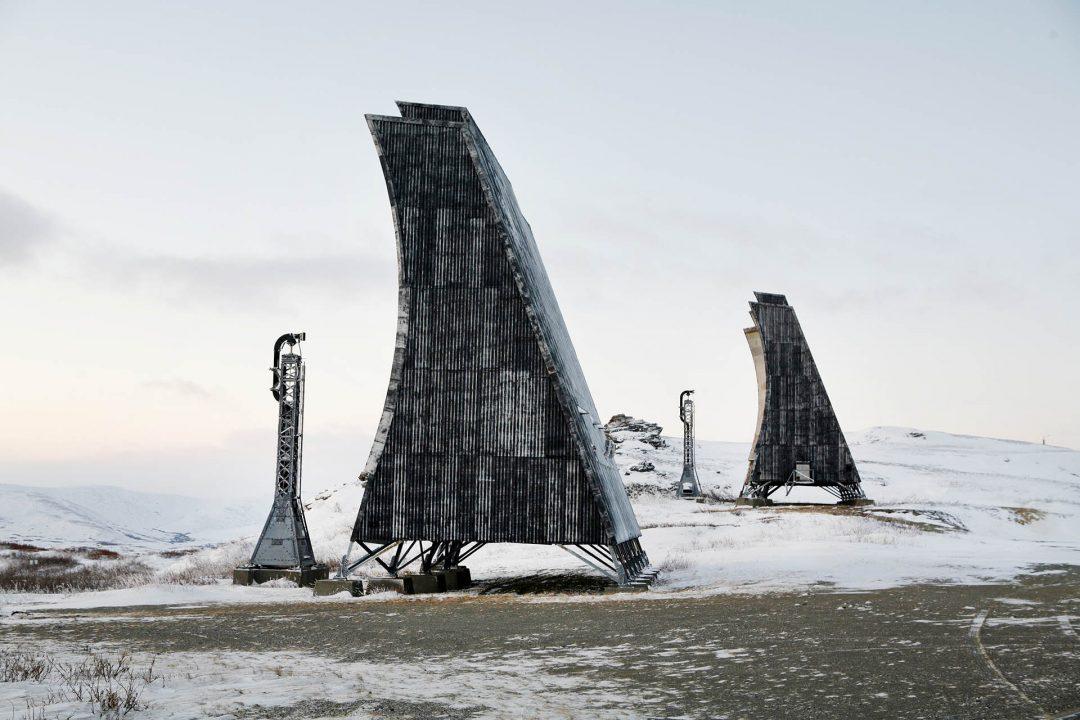USA Alaska Seward Peninsula Nome in Nome ( 3000 Einwohner ) Goldgraeberort an der Beringstrasse Norton Sound im Winter Schnee November 2005