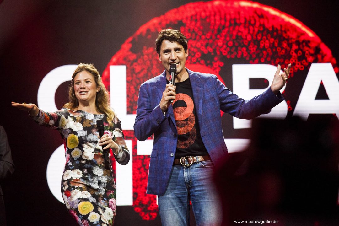 Germany, Hamburg, Barcley Card Arena, Volkspark, Concert, der kanadische Premierminister Justin Trudeau., Global Citizen Festival on 06.07.2017, the night before G20 Summit, in the Barclaycard Arena in Hamburg. The performing artists are Coldplay with Shakira, Ellie Goulding, Pharrell Williams, Andreas Bourani, Herbert Grönemeyer and more. The festival is organized by the social action platform Global Citizen.