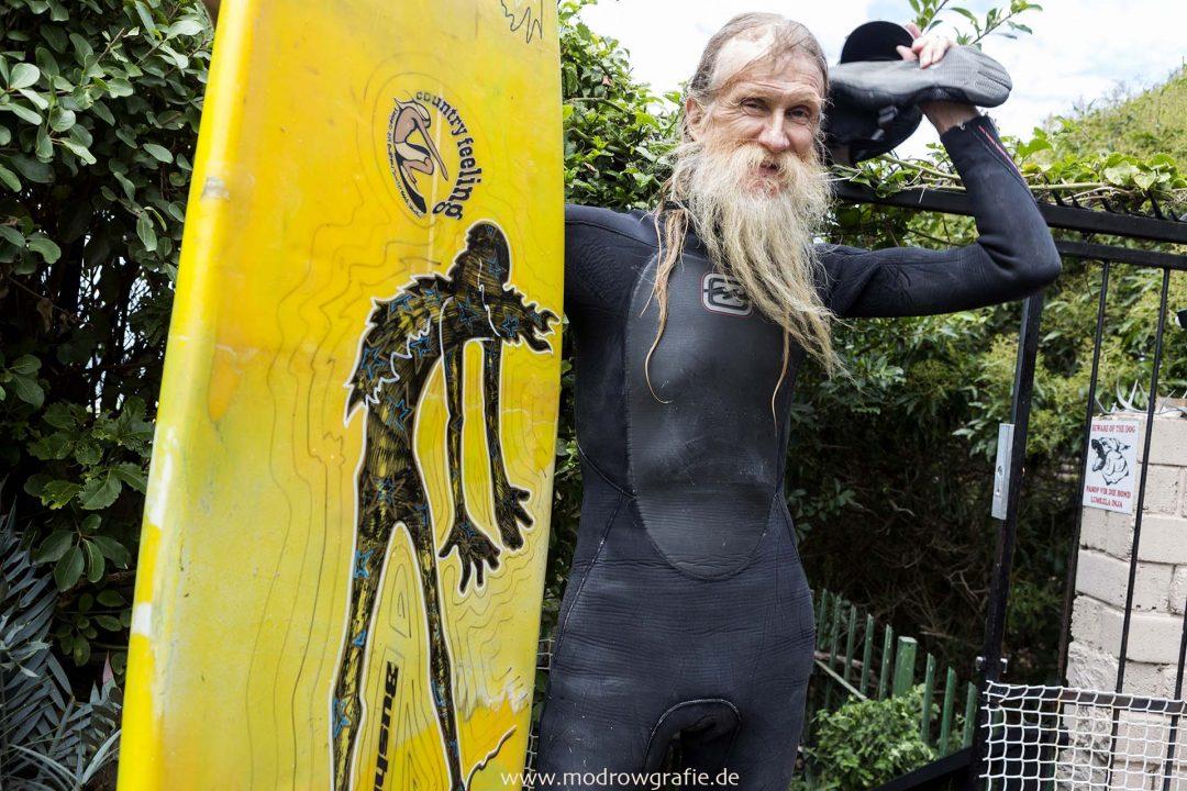 Suedafrika, Afrika, Suedkueste, Jeffreys Bay, Surfer Spot, Old Surfer Legende Bruce Gold, Hippie,  Engl: Southafrica,  Landscape, Gardenroute, long Beart, Surfer Legend Bruce Gold,