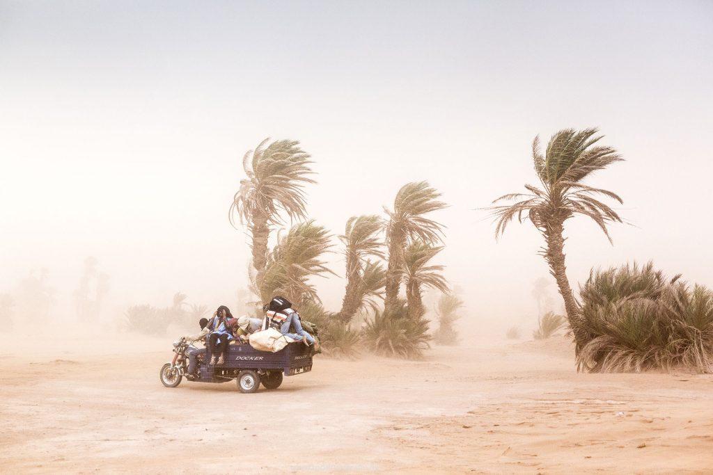 Koenigreich Marokko, Sahara, M'Hamid El Ghizlane, Draa Valley,  Wueste, Duenen, Sand, Talagarte Festival, 2018, Berber Musik, Fest, Party, Zeltlager, Lifemusik, engl: Music Festival, Sand Dunes, Sahara, desert, Berber Music, Tents, Sandstorm,