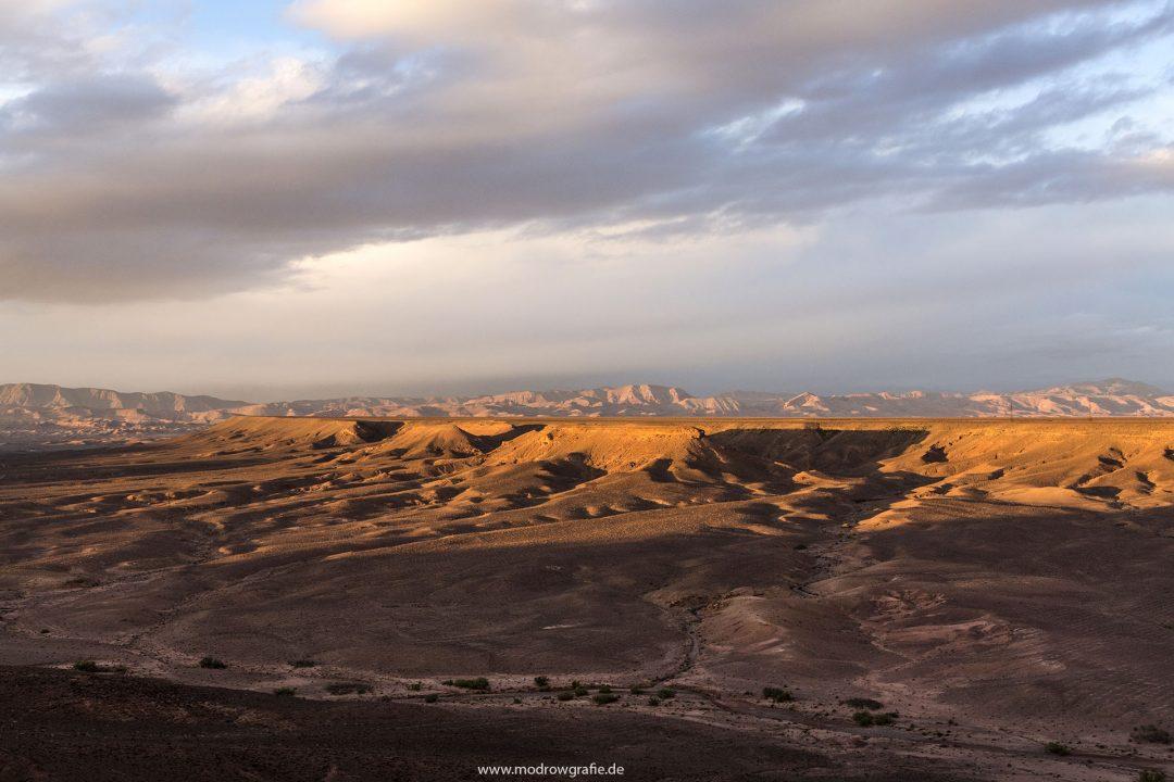 Koenigreich Marokko, Ebene zwischen dem Hohen Atlas Gebirge und Anti Atlas, Dades Valley, Canyon bei Skoura,