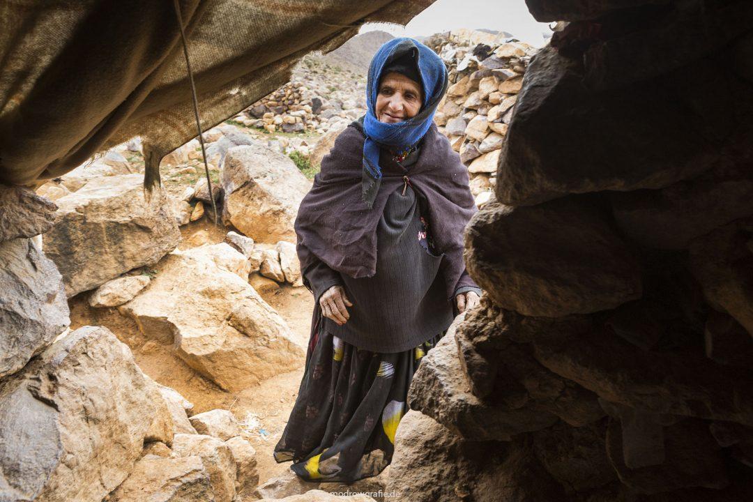 Koenigreich Marokko, Gebirge, Hoher Atlas, Tizi N Tazazzert Pass, Nomaden, 2000 meter hoch, Familie,